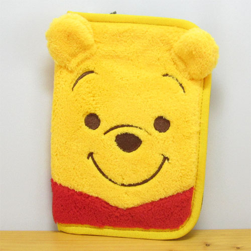 ふわふわもこもこのプーさんがキュートです!ディズニー Winnie the Pooh くまのプーさん プーさん雑貨 プー マルチケース