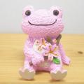 春にピッタリのかわいいインテリア♪カエルのピクルス(かえるのピクルス) クラフトシリーズ アーカイブコレクション レジンドール(桜)